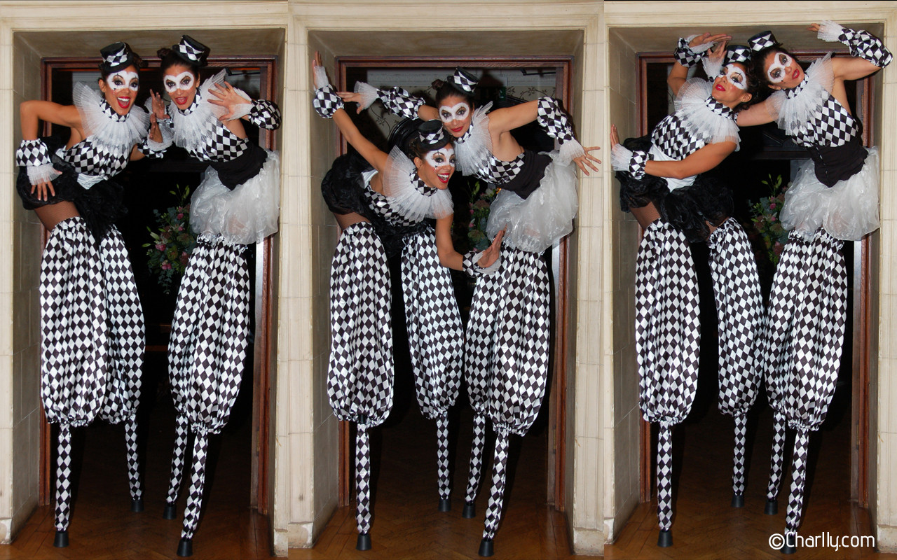 DUO HARLEQUINE CIRCUS PEG STILTWALKING COSTUMES