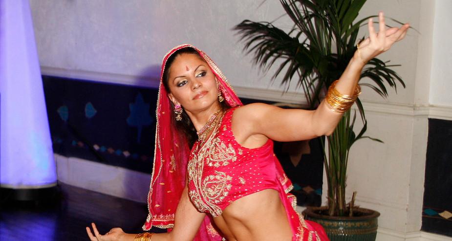 Indian Bollywood dance.jpg