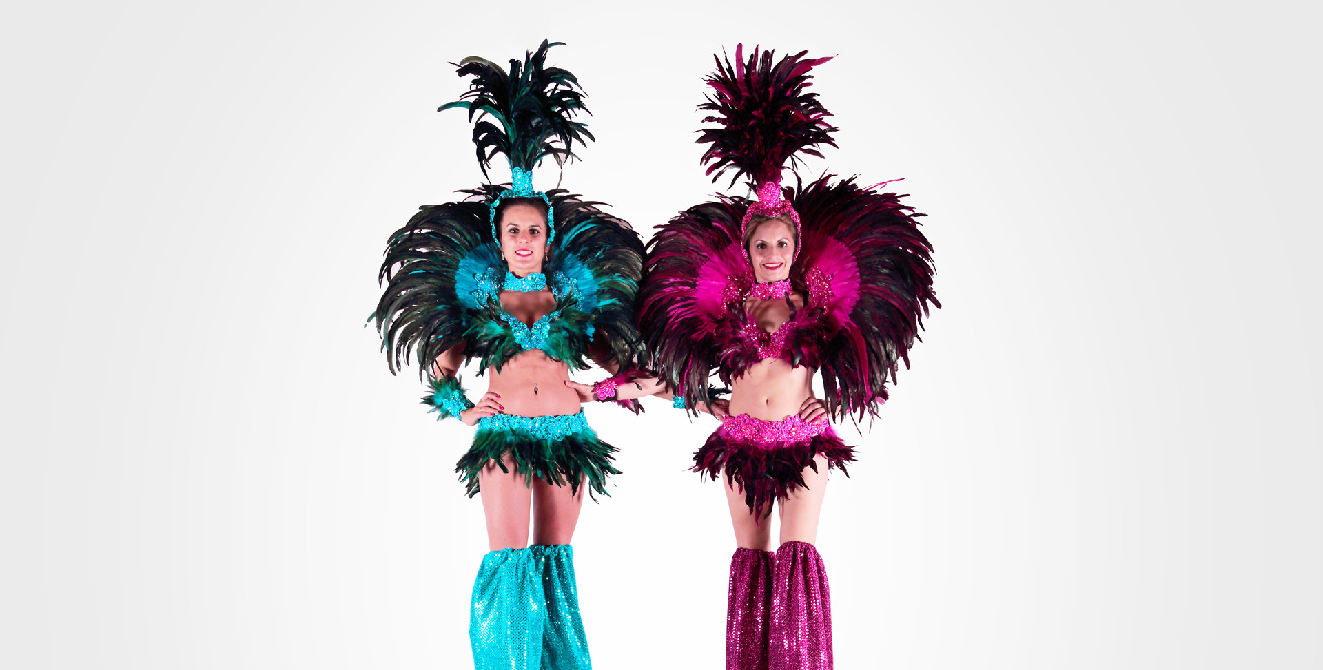 CARNIVAL PEG STILTWALKERS