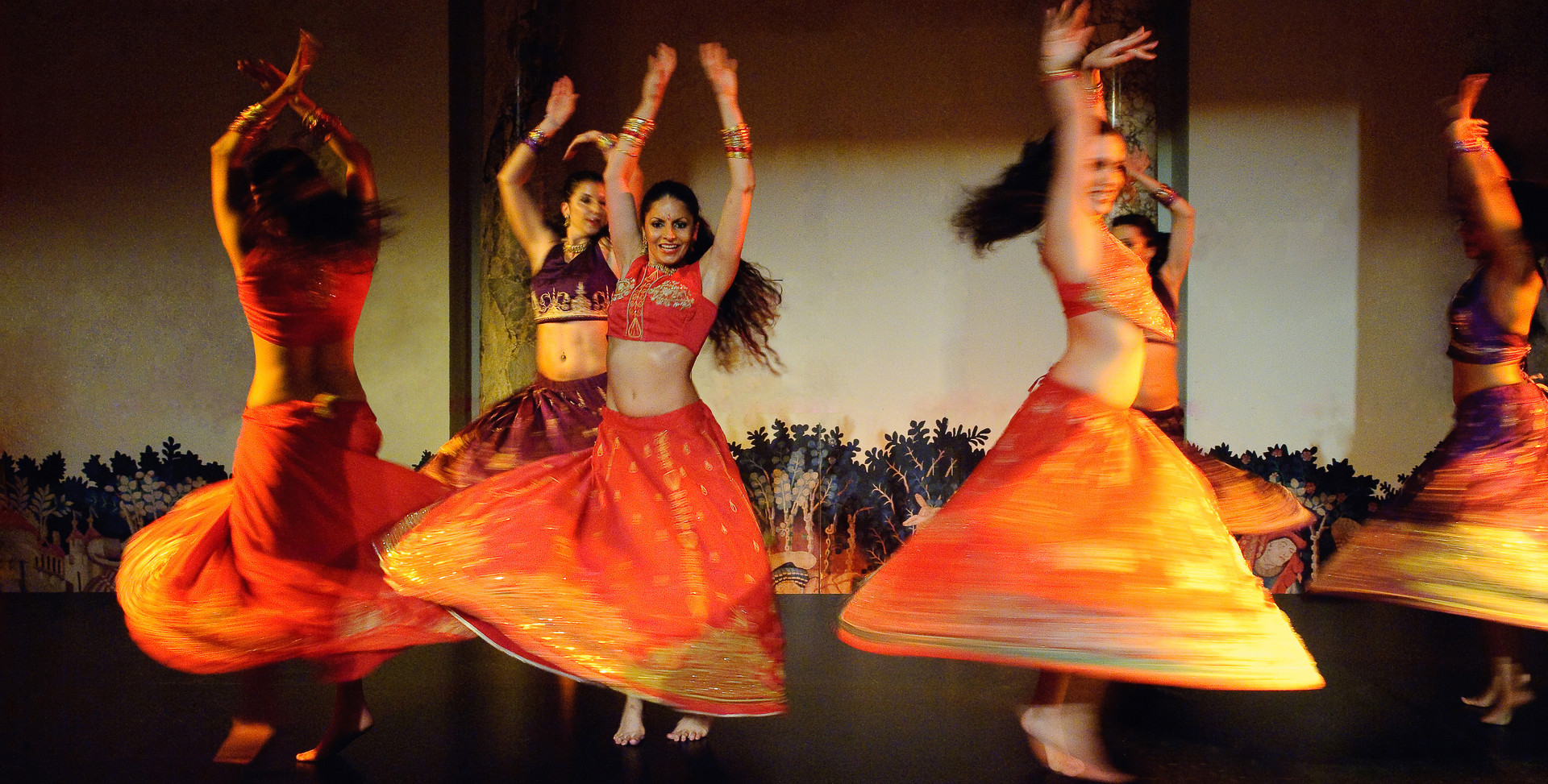 ASIAN ARTS INDIAN BOLLYWOOD DANCE SHOW A