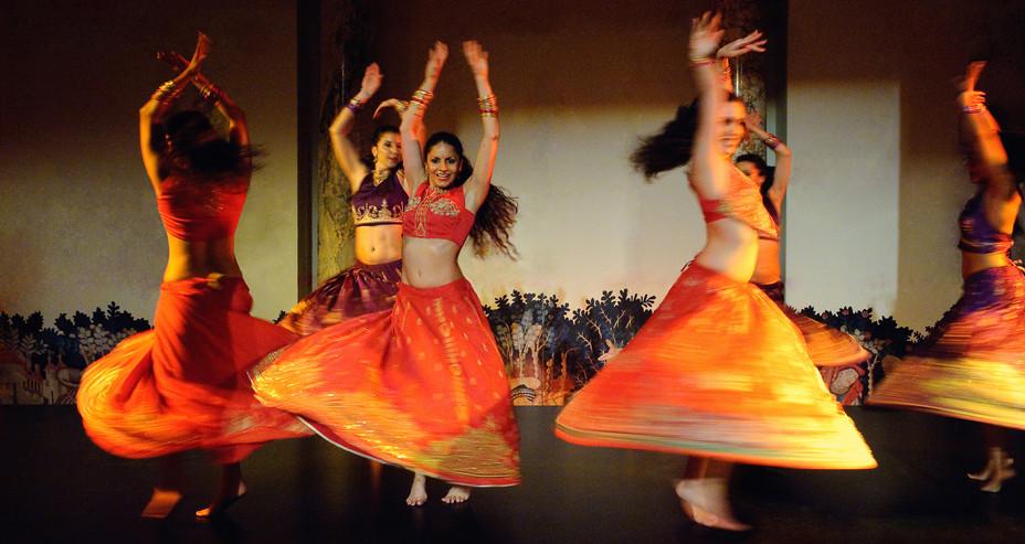 ASIAN ARTS INDIAN BOLLYWOOD DANCE SHOW A