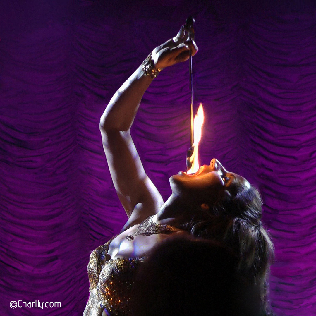 ©Charlly Fire Eating