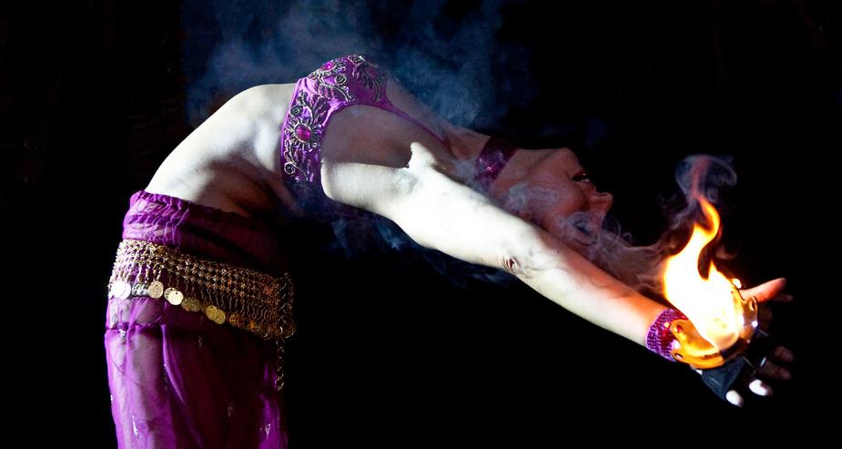 ARABIAN THEMED FIRE PALM DANCE