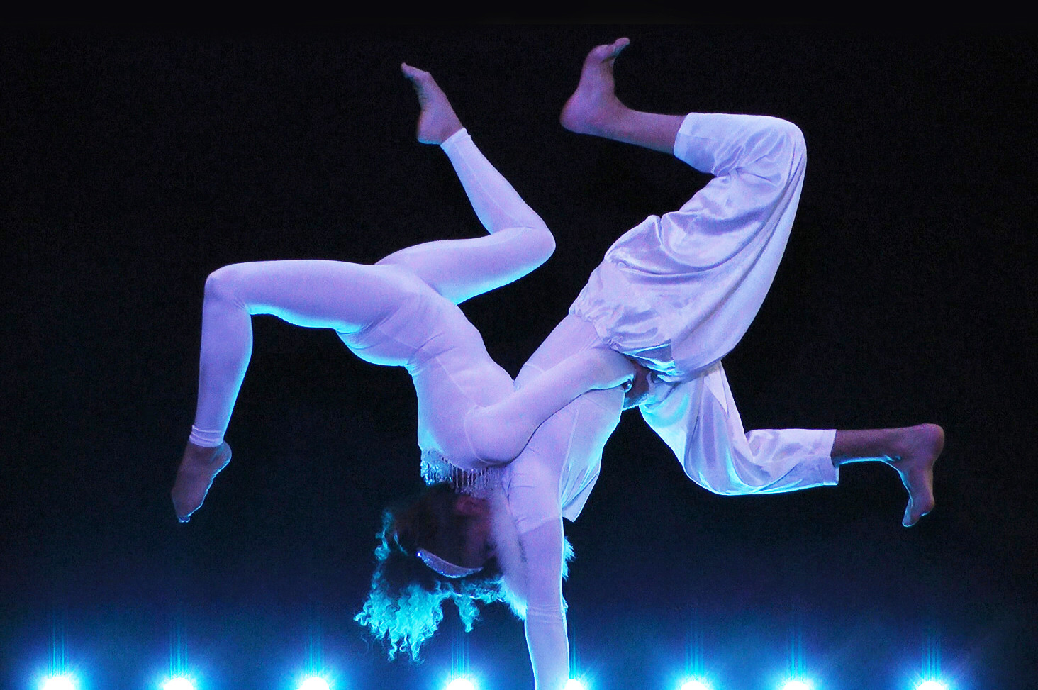 HANDSTAND ACROBALANCE WINTER WHITE THEMED COSTUME