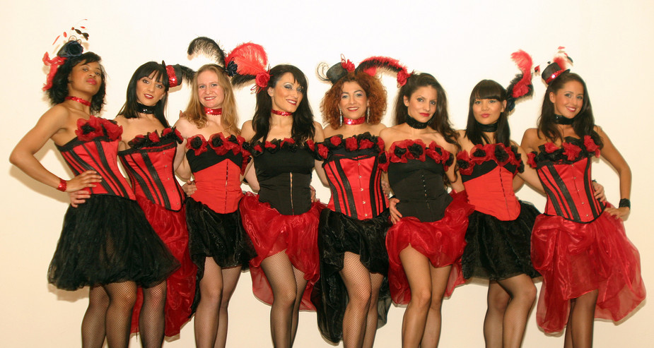 MOULIN ROUGE GROUP COSTUMES