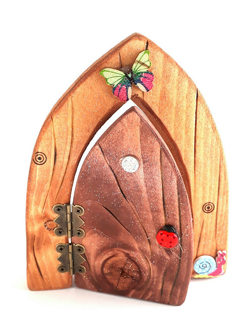 The Classic Collection: Natural  Opening Fairy Door