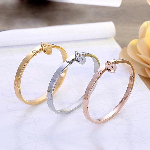 LOCK charm bracelet
