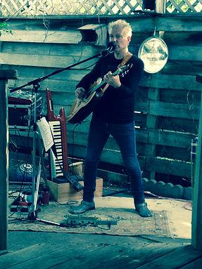 Eddie Estrin  live@ Art A Whirl