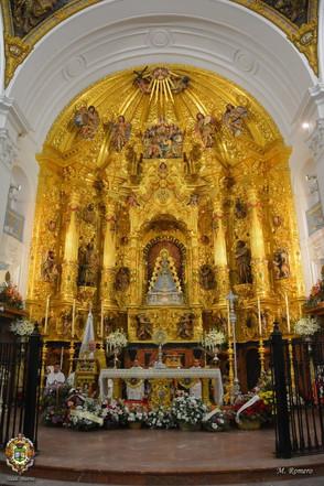 La Virgen del Rocío, preparada para la celebración de la Inmaculada Concepción