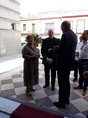 Dña. Dolores Pérez Salguero, reelegida Hermana Mayor de la Borriquita.