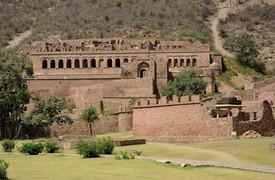 Bhangarh day trip, Bhangarh from jaipur, Abhaneri day tour