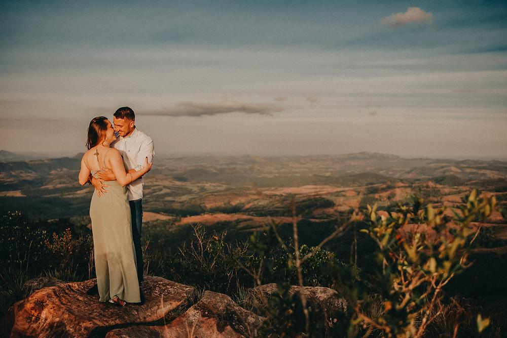 Ensaio morro da pedra branca ortigueira parana prewedding pre wedding carlos rocha fotografia ensaio de casal por do sol paisagem montanha presidente prudente