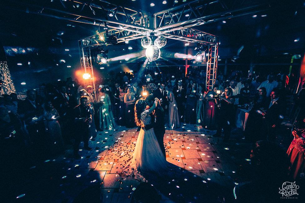 fotografia de casamento em presidente prudente, fotografo de casamento, presidente prudente, carlos rocha fotografia, cerimonia, vestido de noiva, aluguel presidente prudente, decoraçao, igreja, buque de noiva, dj iluminaçao estrutura para festa