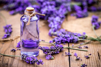 9-Ways-To-Use-Lavender-Essential-Oil-For
