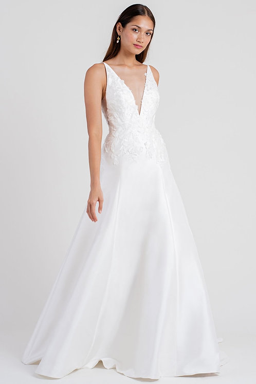 Easton SAMPLE GOWN US12