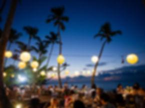 beach-dining.jpeg