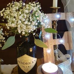 Hendricks vase arrangement