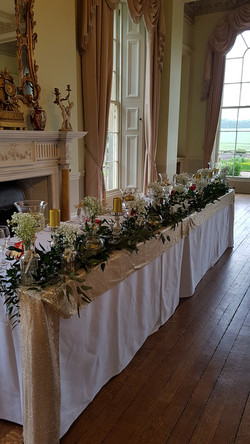 table scape foliage flowers