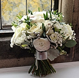 ivory and grey wedding bouquet