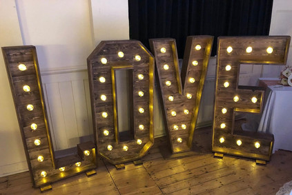 LED Rustic LOVE letters