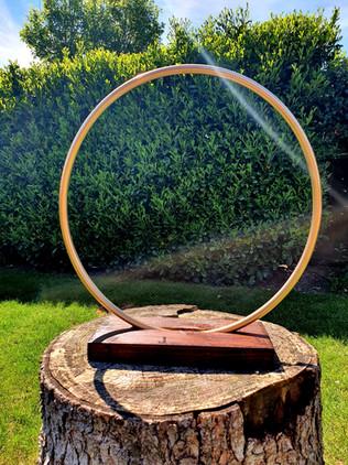 Rustic Gold Hoop Stand