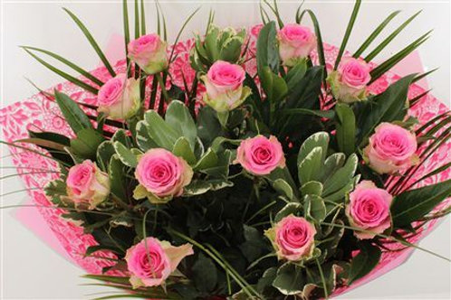 Pink Roses Handtied