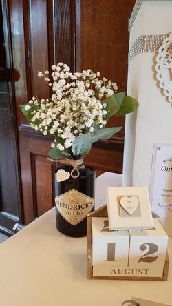 hendricks vase flowers