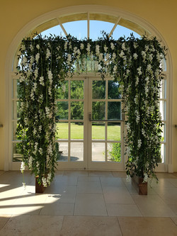 Water fall arch decor