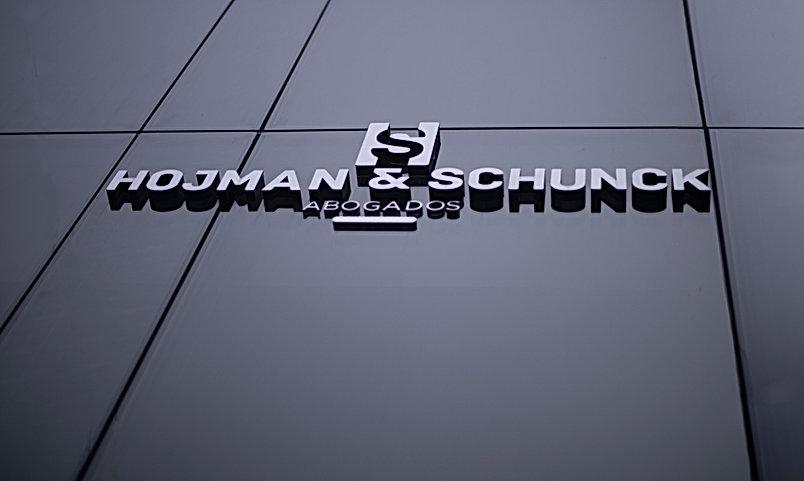 Hojman - Schunck - 002.jpg