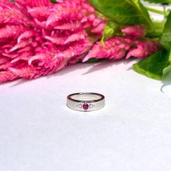誕生石+ダイヤの遺骨指輪