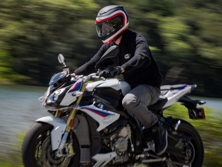 Bell Product of the Month: RS2 Helmet