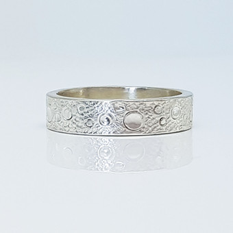 Rebecca Oldfield Textured Bubbles Ring