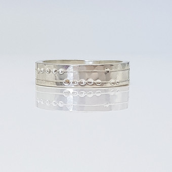 Rebecca Oldfield Chased Lines & Dots Ring