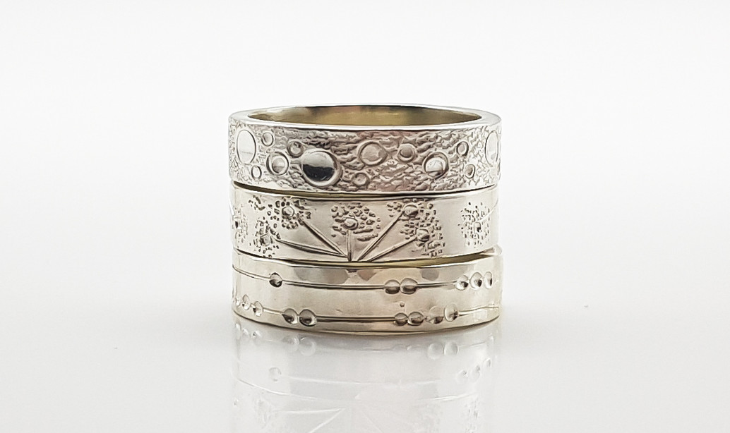 Rebecca Oldfield Chased Lines Rings Stacked Trio