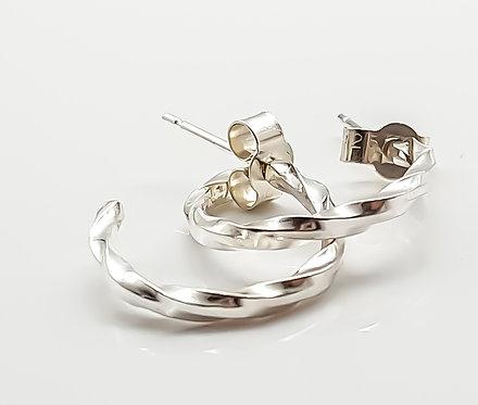 simply twisted, earrings, hoop earrings, silver, cardiff, silversmith, cardiff jeweller, silversmiths cardiff