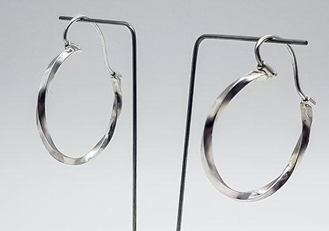 simply twisted, hoop earrings, silver, cardiff, silversmith, cardiff jeweller, silversmiths cardiff