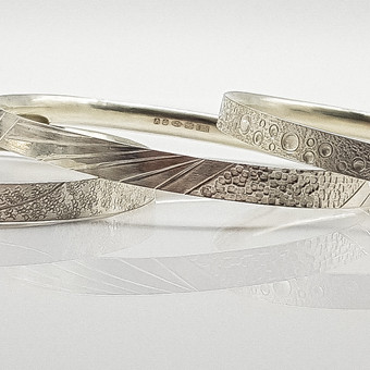 Rebecca Oldfield Trio Of Chased Lines Bangles