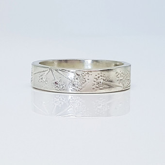 Rebecca Oldfield Chased Line & Stippled Affect Ring