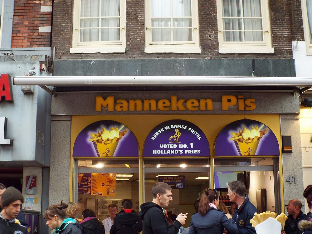Manneken Pis - Batata Frita em Amsterdam