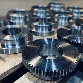 Custom EN24T Gears & Guide Rollers ⚙️
