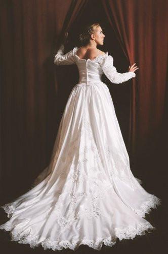 bride photo shoot.jpg