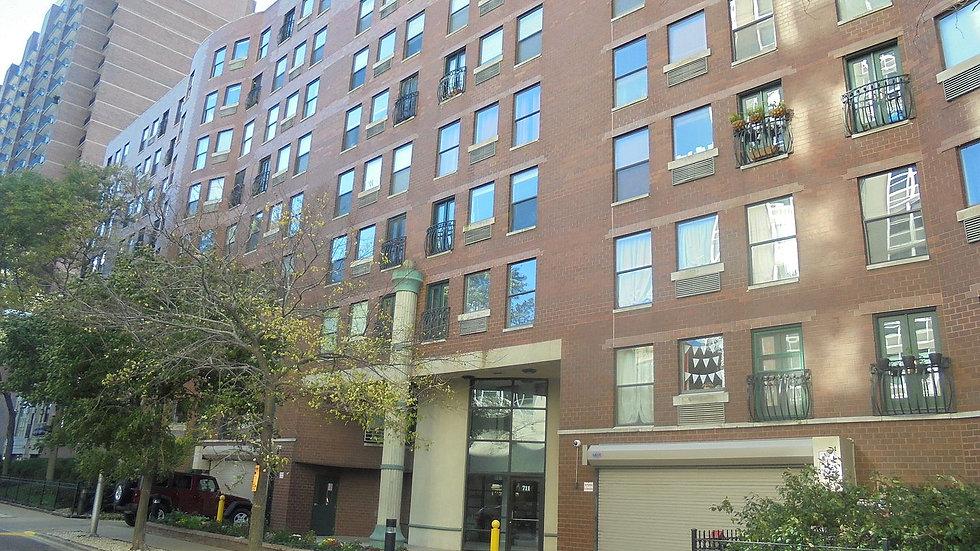 711 Gordon Terrace