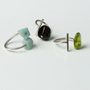 Silver rings with raw amazonite/black onyx/green penidote