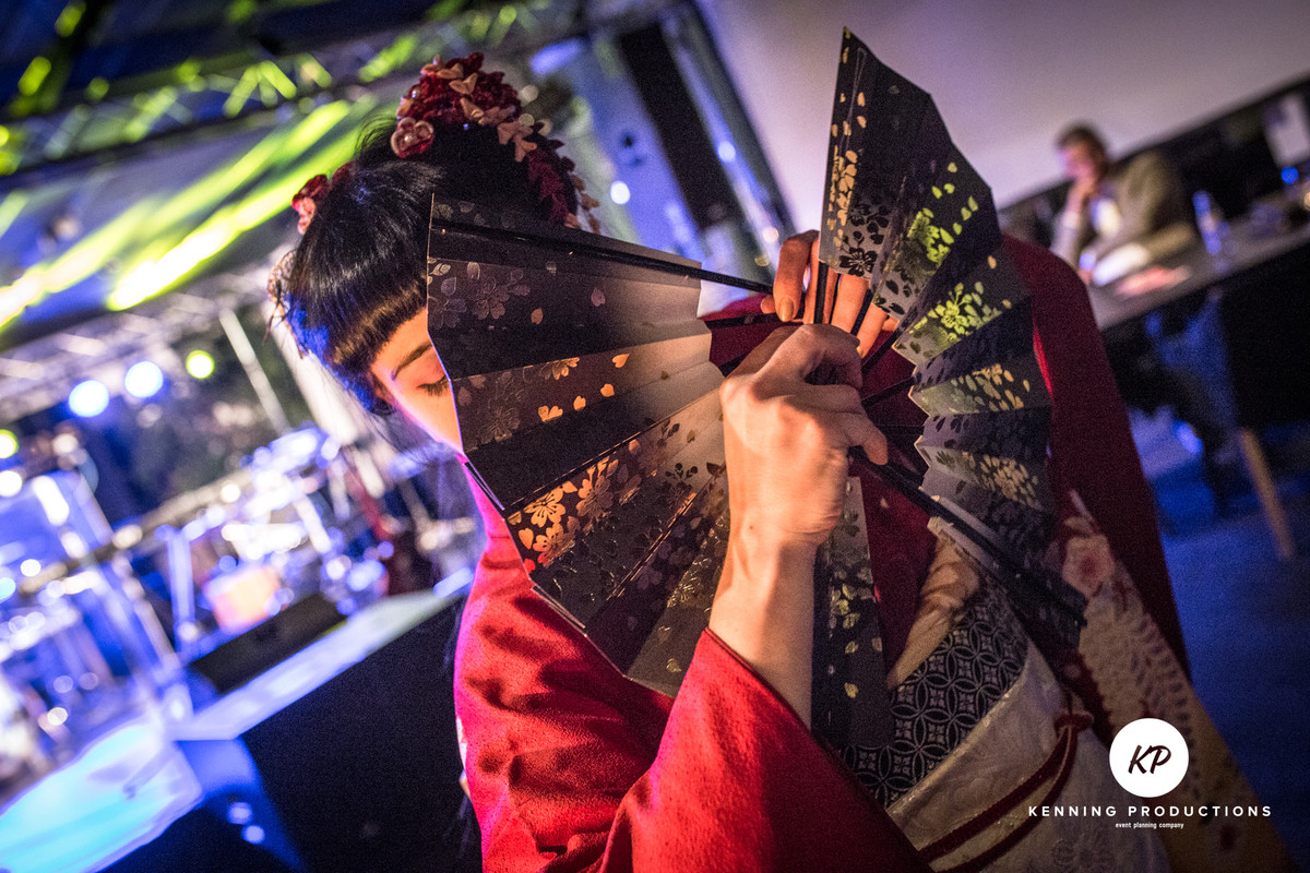 Workshops of Japanese dance, Kanzashi and Origami making