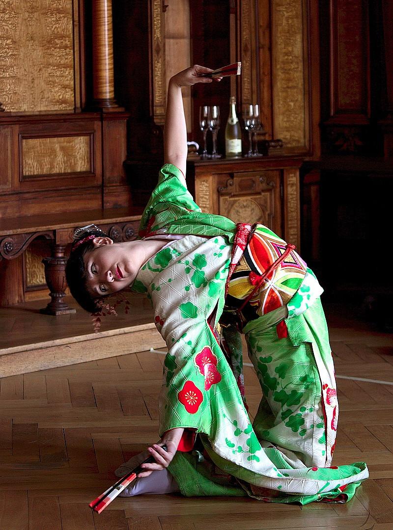 Vystoupení japonského tance - Průhonický zámek
