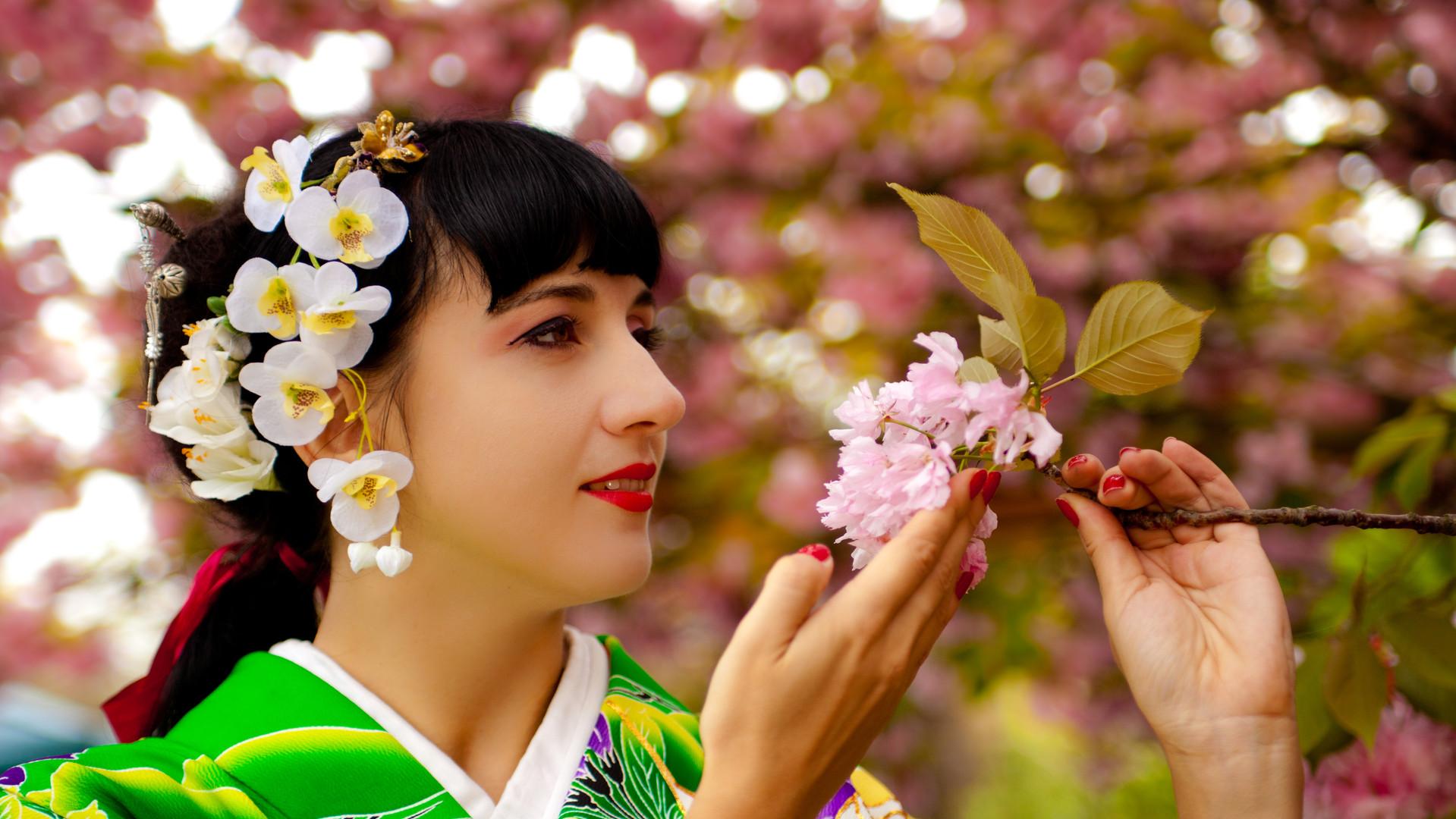 Ajna Kenning Japanese dance