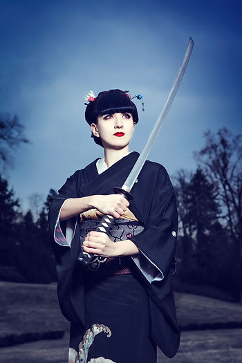 Japanee dancer, sword dance