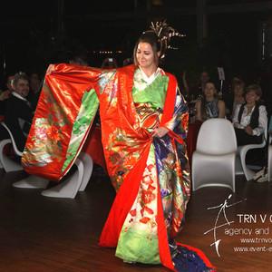 Kimono - modní přehlídka japonských kimon