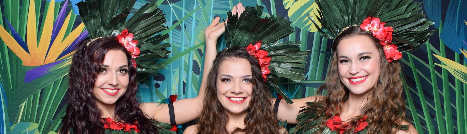 Havajský večírek, havajské tance hula tanečnice