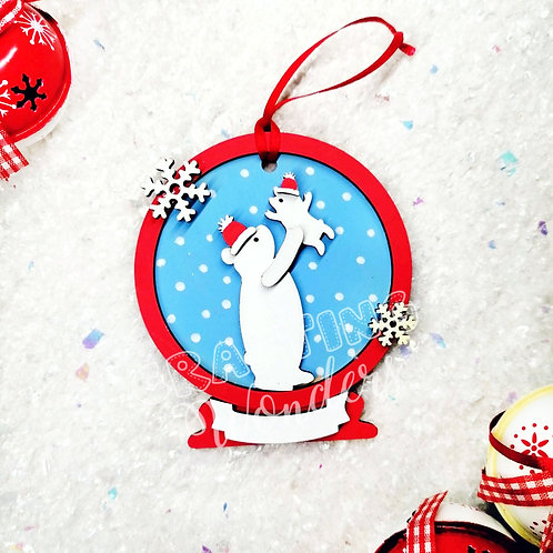 Polarbear snow globe bauble